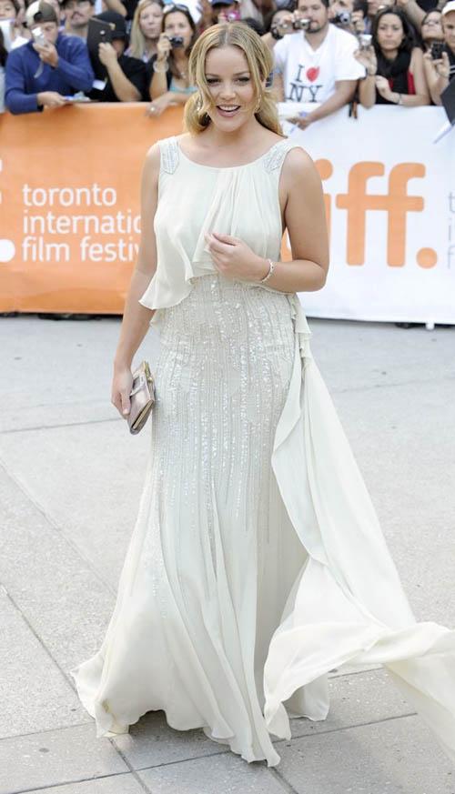 Abbie-Cornish-36th-Annual-Toronto-International-Film-Festival-WE-premiere-arrival-at-the-Roy-Thomson-Hall-Toronto-Sept-2011