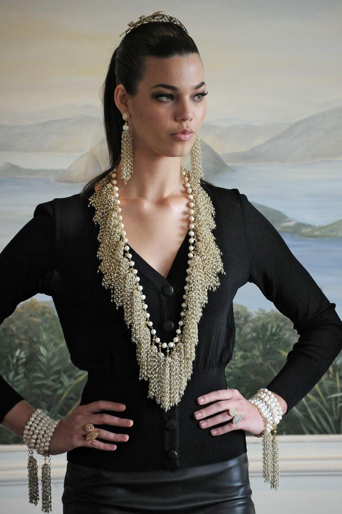 Ready_to_Wear_Fall_Winter_2012_Francesca_Romana_Diana_Rio_Business_Fashion
