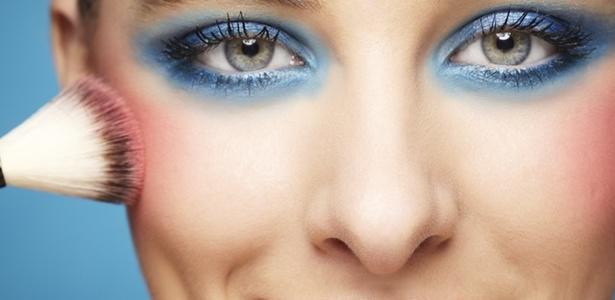 shiny make-up