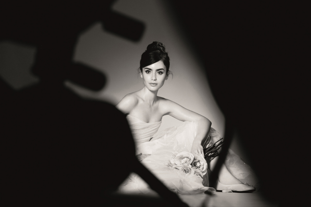 Lily-Collins_photo-by-Barwerd-van-der-Plas-for-Lancome-copyright-2013