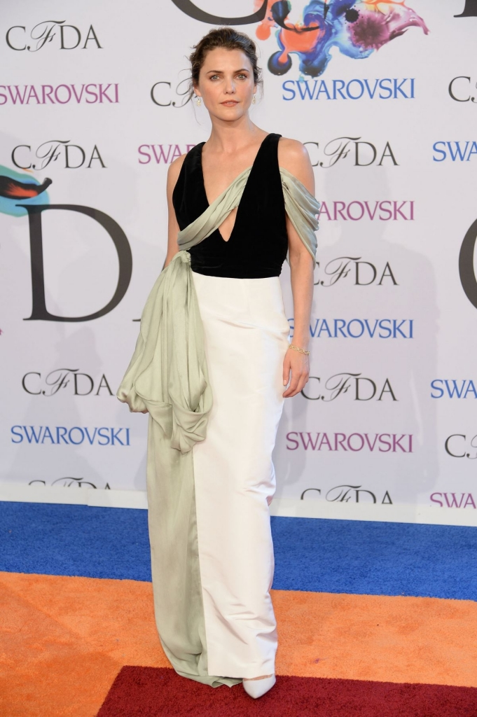 keri-russell-at-cfda-fashion-awards-in-new-york_1