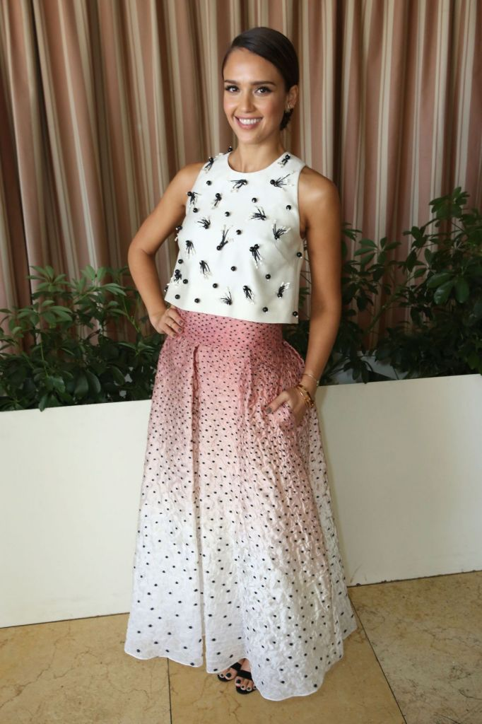 jessica-alba-at-self-luncheon-in-los-angeles_8