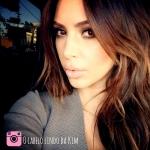 A über cabeleireira de Kim Kardashian.