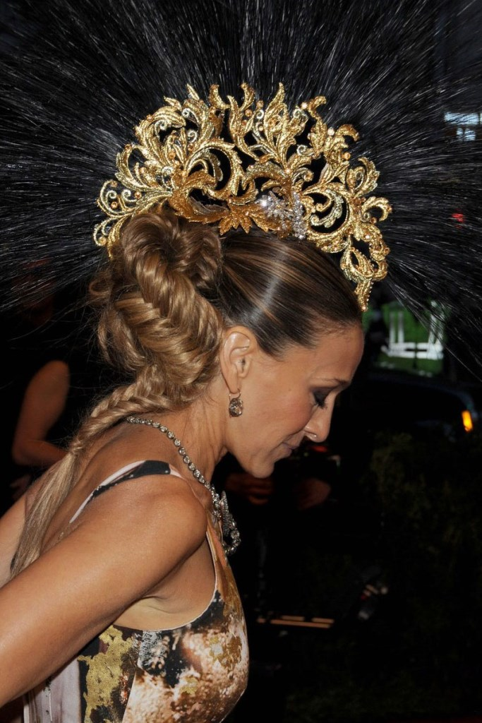 Sarah Jessica Parker Mohawk Close Up Met Ball 2013