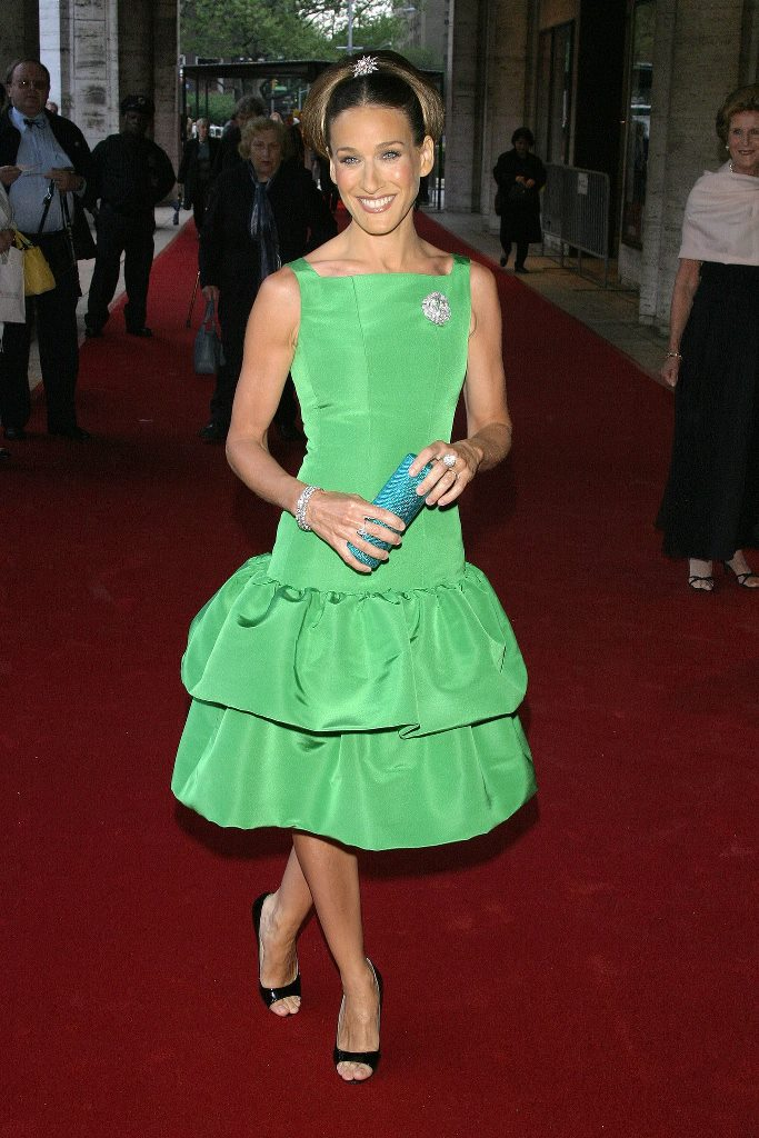 Sarah-Jessica-Parker-had-us-green-envy-when-stepping-onto