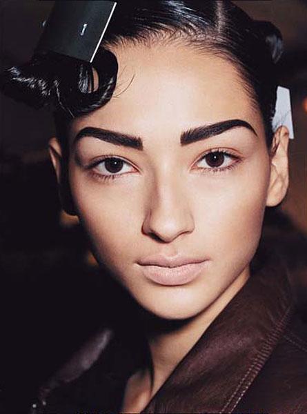 drawn-on-dark-eyebrows