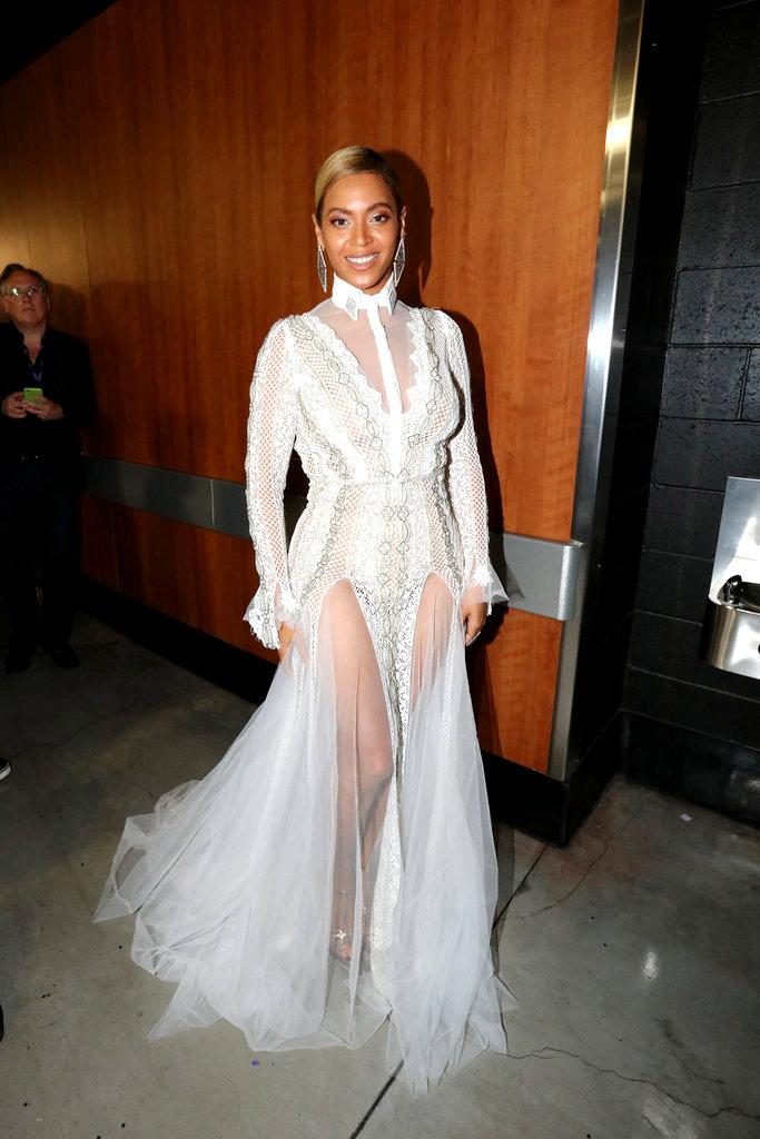 Beyonce-Dress-Grammys-2016