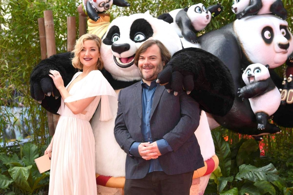 kate-hudson-attends-the-kung-fu-panda-3-premiere-at-the-odeon-leicester-square-central-london_6