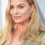 rs_634x1024-160228205827-634.Margot-Robbie-hair-Tutorial-Oscars-2016
