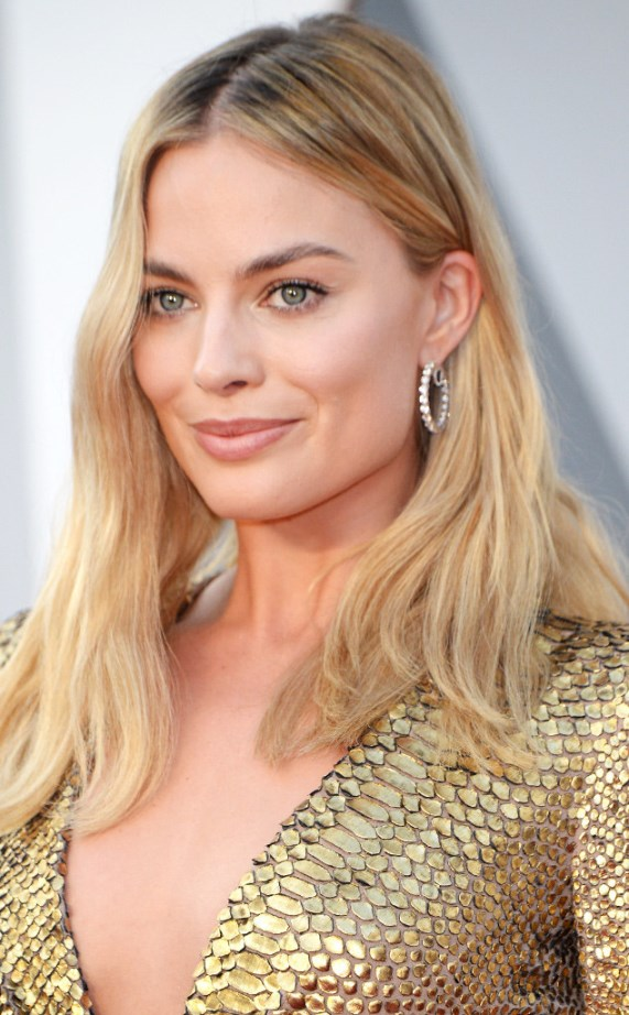 rs_634x1024-160228205827-634.Margot-Robbie-hair-Tutorial-Oscars-2016