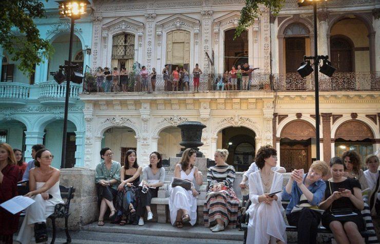 Os cubanos na janela