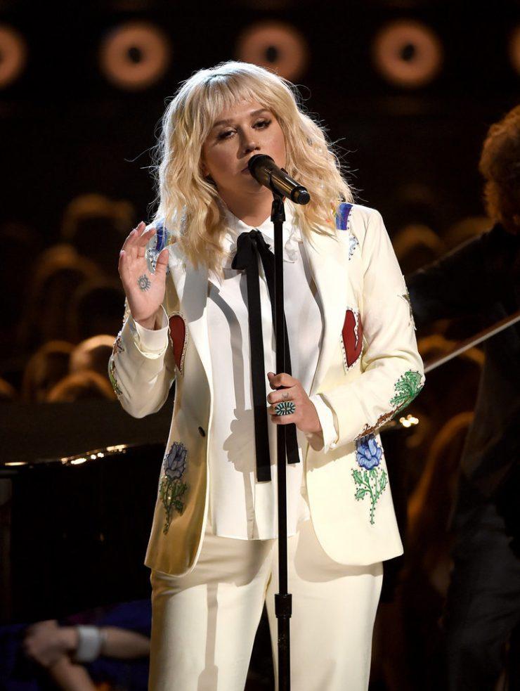 Kesha-2016-Billboard-Music-Awards