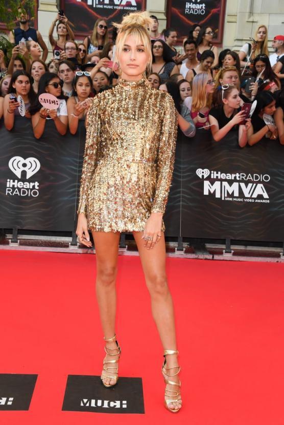 Hailey-Baldwin-Kayat-Dress-Much-Music-Video-Awards-2016 (1)