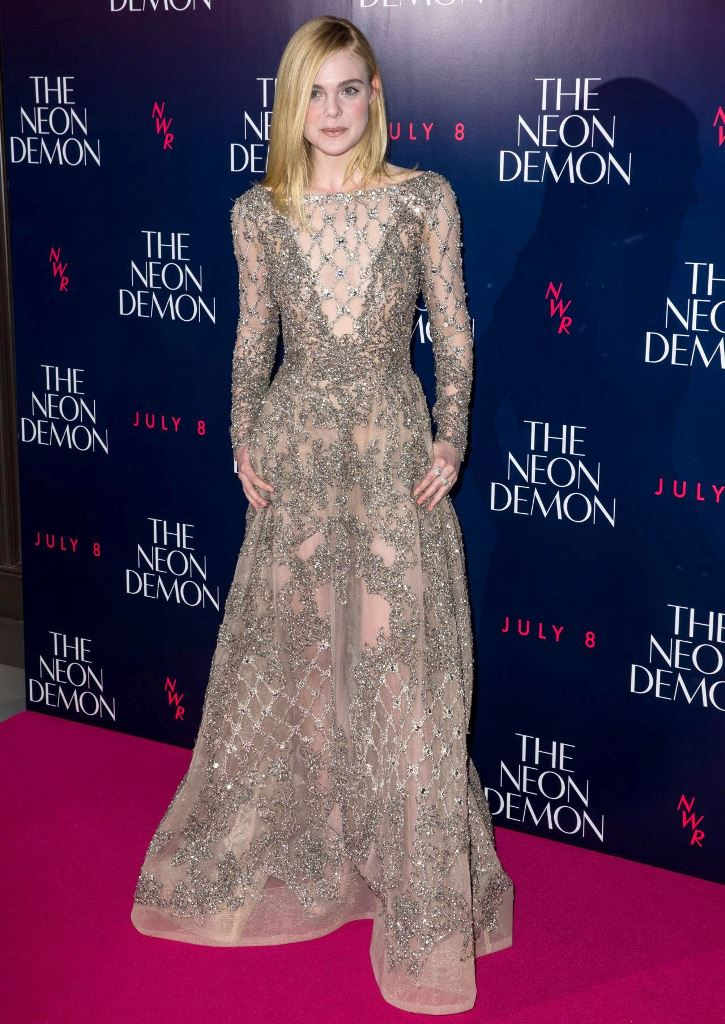 elle-fanning-the-neon-demon-premiere-in-london-uk-5-31-2016-7