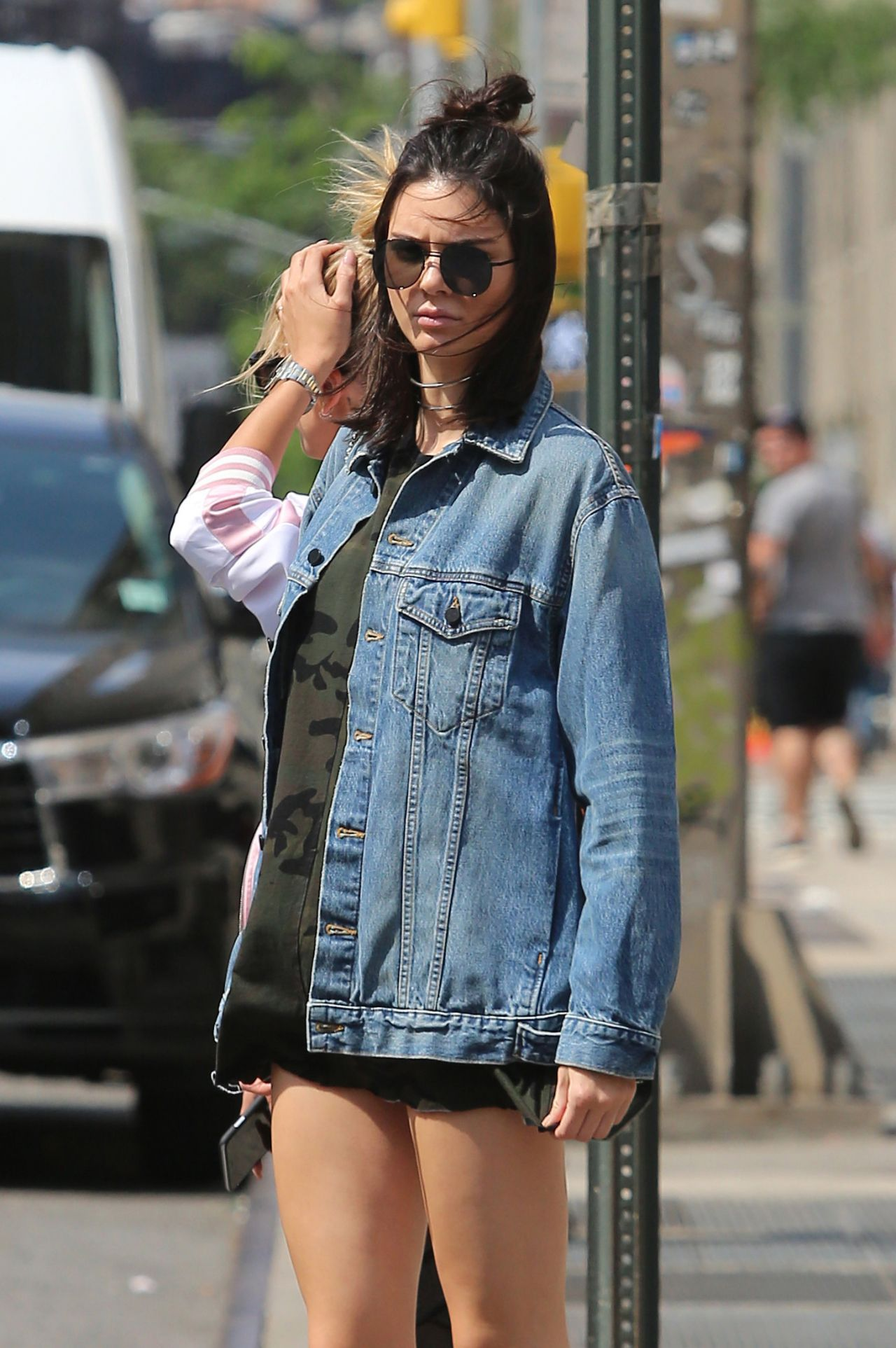 kendall-jenner-out-in-new-york-6-20-2016-1
